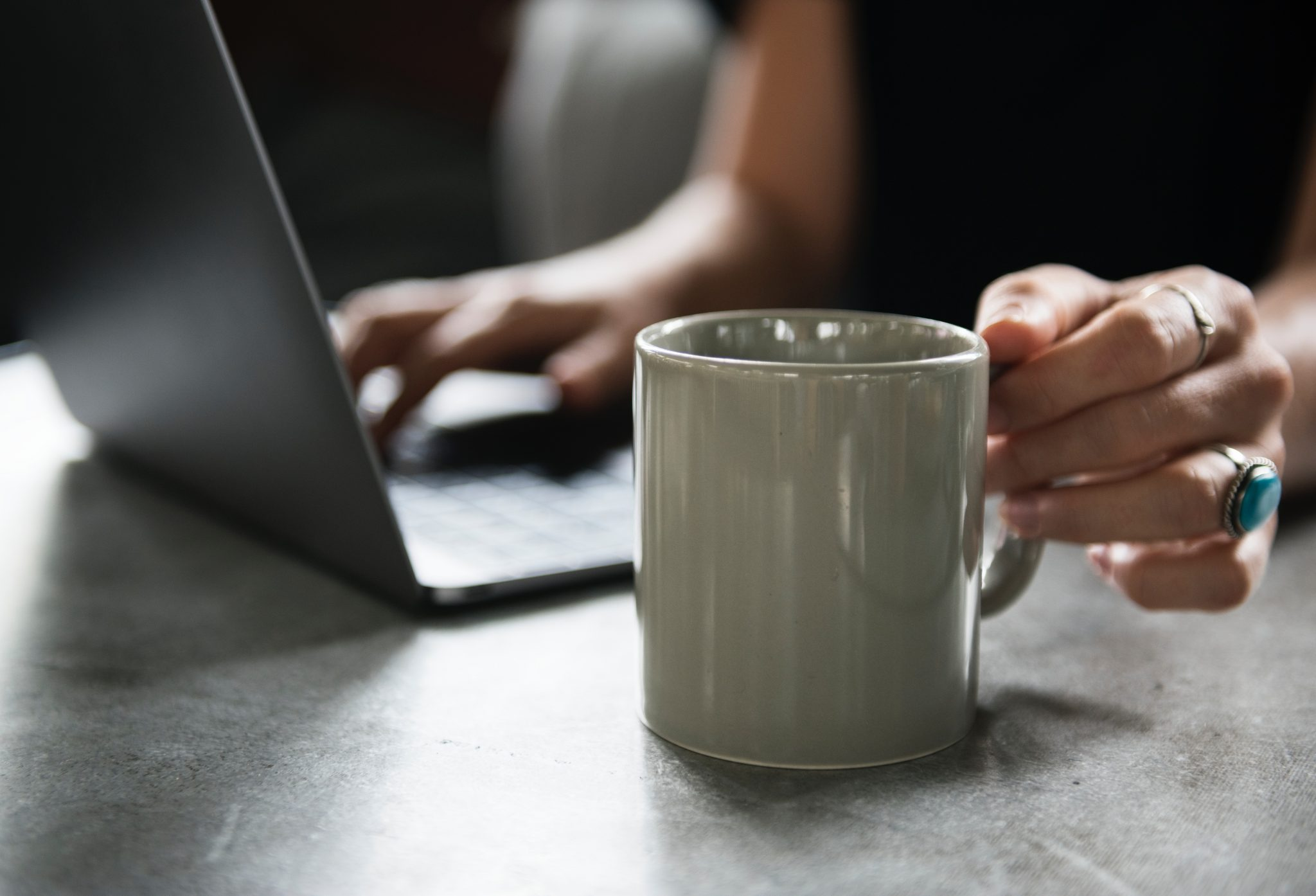 Why is providing online counselling important for addiction recovery?